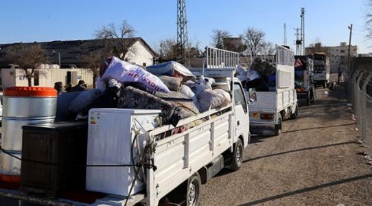 Suriyelilerin en büyük yardımcıları 'Türk nakliyeciler'
